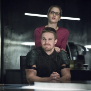 "Arrow: ""Brotherhood"" Official Promo Images"