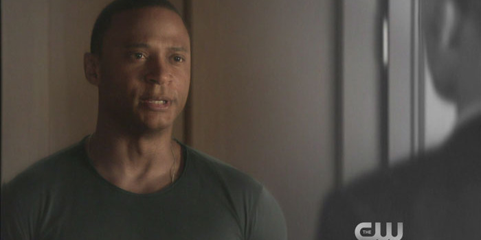 "Arrow: Screencaps From The ""Brotherhood"" Promo Trailer"