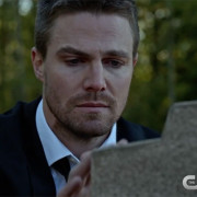 "Arrow: Screencaps From The ""Blood Debts"" Promo Trailer"