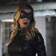 Katie Cassidy is Returning! … on Legends of Tomorrow