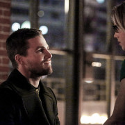 "Arrow: Official Photos From ""Sins Of The Father"""
