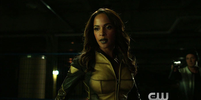 "Arrow ""Taken"" Promo Screencaps — With The Vixen!"