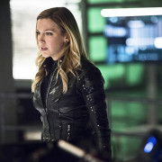 "Arrow: Official Images for ""Beacon of Hope"""