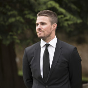 "Arrow Returns Tonight With ""Canary Cry"""