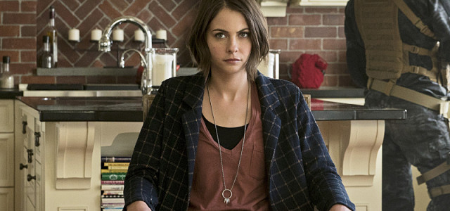 Answering Arrow Season 5's Greatest Mystery: Where's Thea?