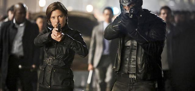 """Arrow Video: Inside Tonight's Season Finale """"Schism"""""""