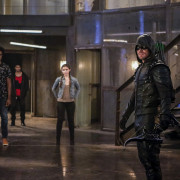 "Arrow ""The Recruits"" Preview Clip: Ring That Bell"