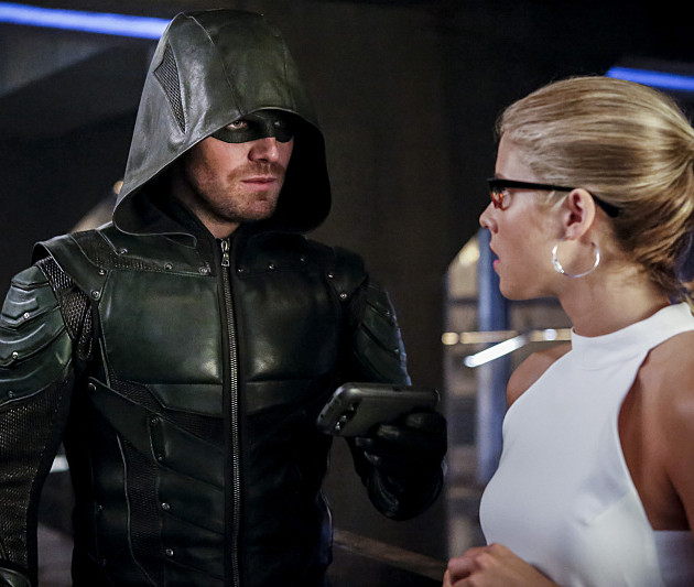 """Arrow 100: Amell & Mericle On The State Of """"Olicity"""""""