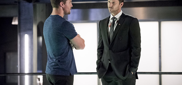 "Arrow on Set: Stephen Amell Reflects On ""Human Target"""
