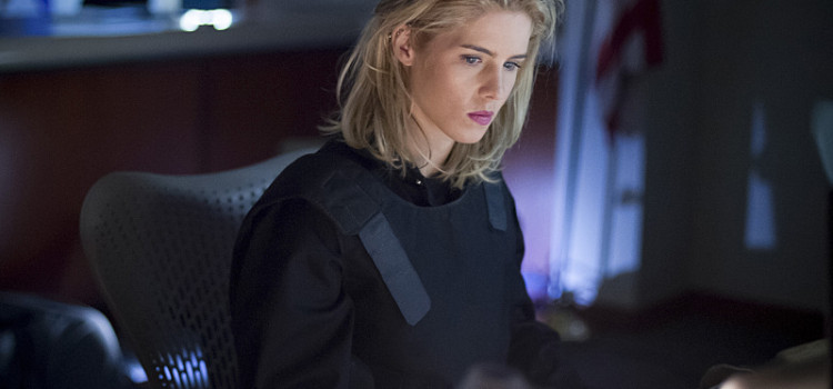 "Arrow ""Vigilante"" Official Preview Images"