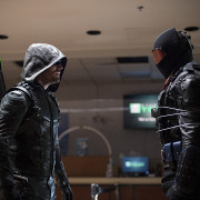 "Arrow Spoilers: ""Fighting Fire With Fire"" Description"