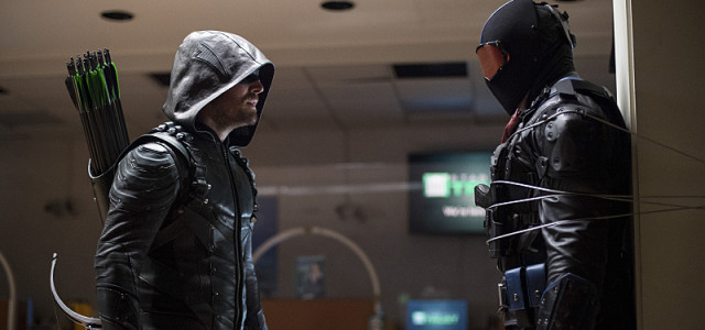 "Arrow ""Vigilante"" Preview Trailer!"