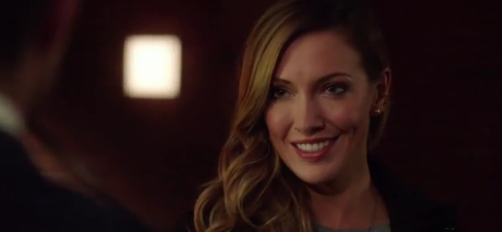 "Arrow ""Who Are You?"" Trailer: How Is Laurel Alive?"