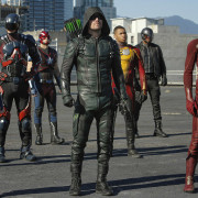 Comic-Con 2017: What's in Store for the Arrowverse Crossover This Year?