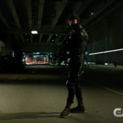 "Arrow vs. Vigilante: Screencaps From The ""Fighting Fire With Fire"" Trailer"