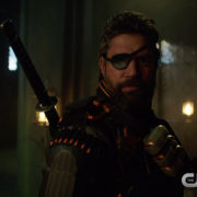 "Arrow: Screencaps From The Shorter ""Lian Yu"" Trailer"
