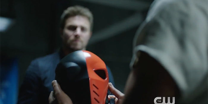 Stephen Amell Promises More Slade & Another Return In Season 6