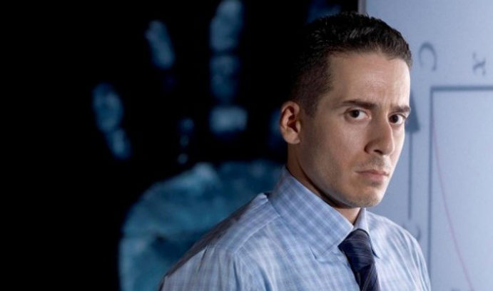 "Arrow Casts Kirk Acevedo As ""Richard Dragon"""