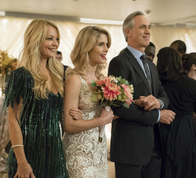 """Arrow """"Irreconcilable Differences"""" Official Preview Images"""
