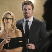"Stephen Amell Discusses ""Olicity"" Moving In Together Again"
