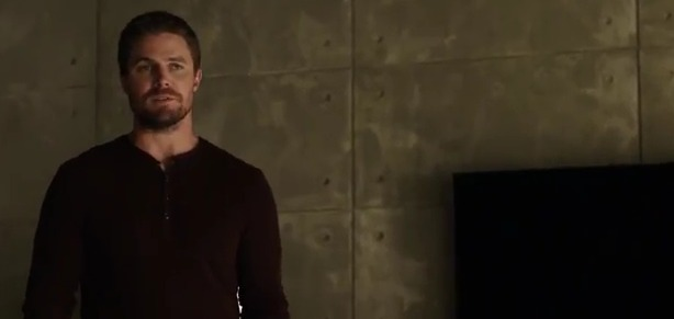 "Arrow ""Deathstroke Returns"" Preview Clip"