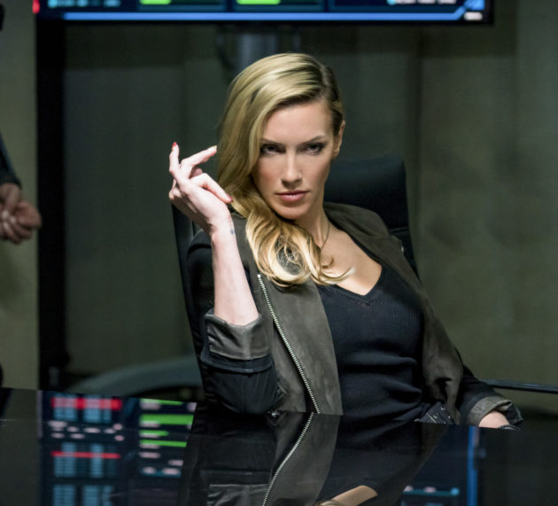 """Team Arrow Is """"Divided"""" In New Preview Images"""