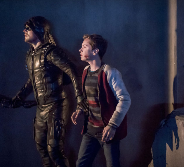 "Arrow ""We Fall"" Preview Trailer"