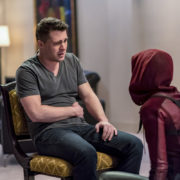 "Arrow ""Doppelganger"" Photos: Colton Haynes & Speedy Return"