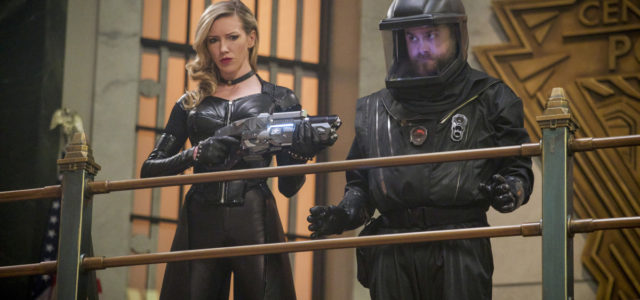 Katie Cassidy's Black Siren Returns To The Flash