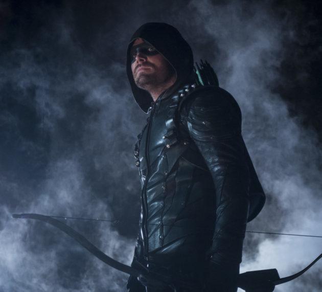 """Arrow Season Finale Photos: """"Life Sentence"""""""