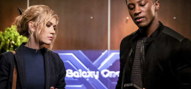 "Arrow ""Star City 2040"" Photos: Blackstar Takes Over"