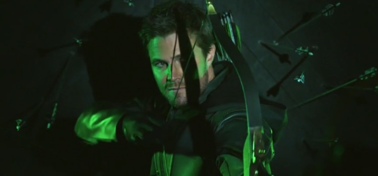 Arrow: New Costume & Oliver's Season 8 Mission Revealed