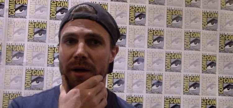 Stephen Amell On Arrow Season 8, Chances of Felicity's Return & Crisis