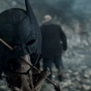 Batman's Mask In Arrow Season Premiere Clip