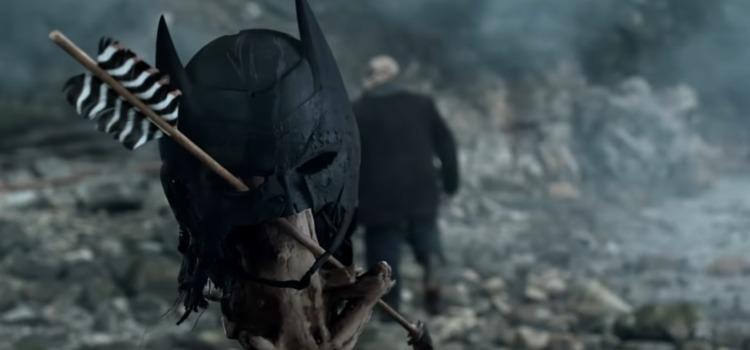 Batman's Mask In Arrow Season Premiere Clip