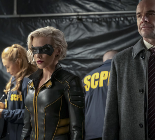"Arrow ""Reset"" Photos: Paul Blackthorne Returns"