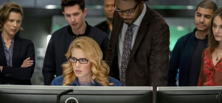 "Arrow Series Finale ""Fadeout"" Photos Resurrect Old Favorites"