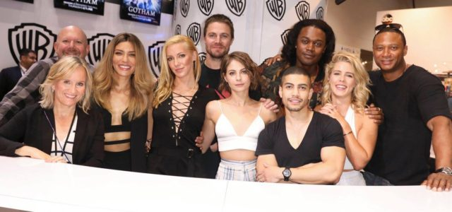 Comic-Con 2017: Photos from the Arrow Cast Signing