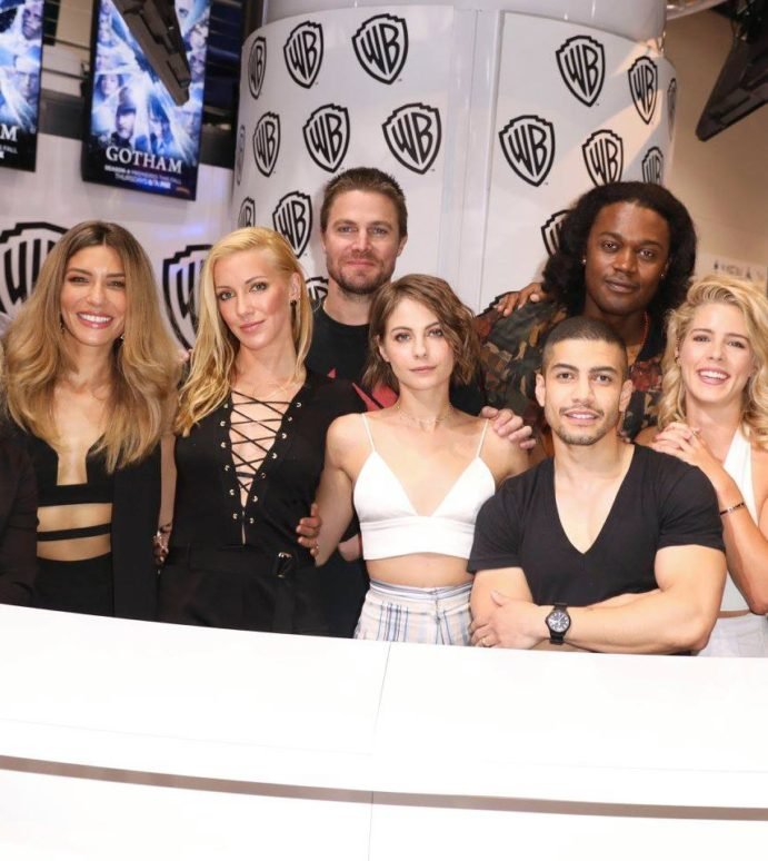 Videos: The Arrow Cast & Producers Talk Season 6 At Comic-Con