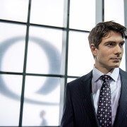 Another Arrow Season Premiere Clip: Meet Ray Palmer